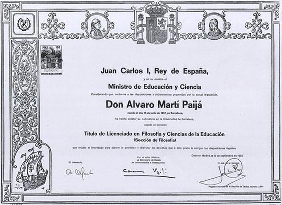Ministro de Educación - Título de Licenciado en Filosofía y Ciencias de la Educación