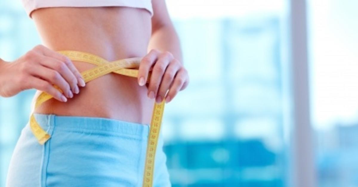 ¿Cómo la hipnosis te ayuda a reducir tu grasa abdominal?